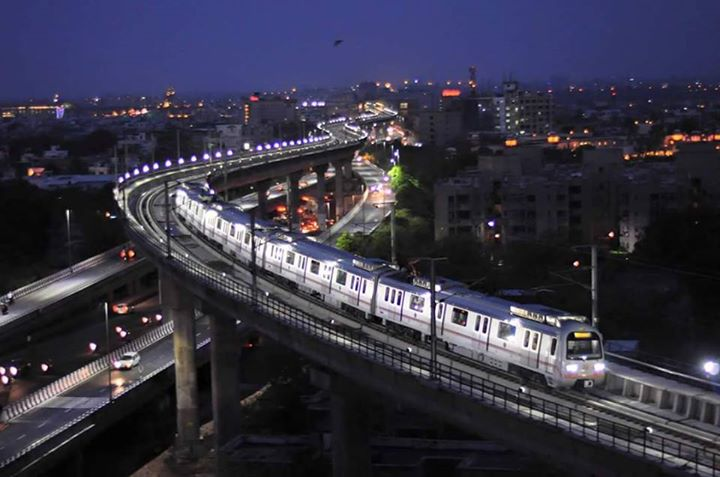 Jaipur Metro Skyline Using 12,800 LED lights with low power consumption